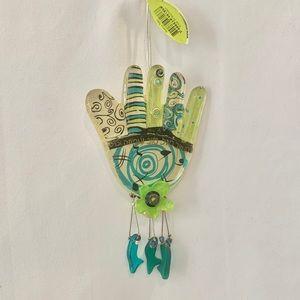 NWT Lalo acrylic lucky hamsa hand
